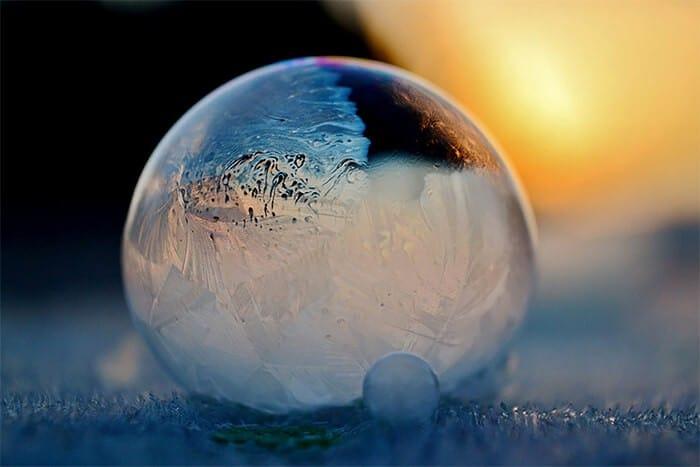 fotoserie 'leven in een zeepbel' door Angela Kelly