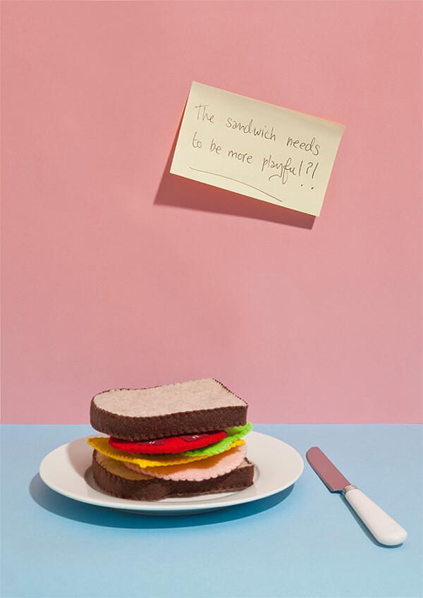 Bizarre feedback playful sandwich